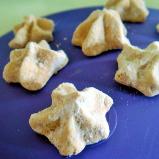 Small, Cute, Sweet and Edible? Green Tea Meringue Stars