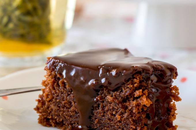 Nigella's Honey Chocolate Cake