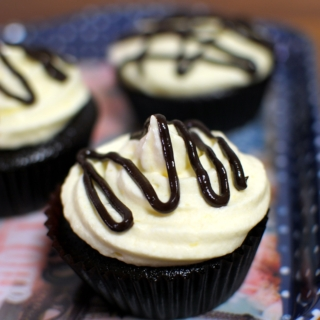 Easy Peasy Chocolate Cupcakes