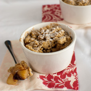 Apple, Maple and Oatmeal Crumble