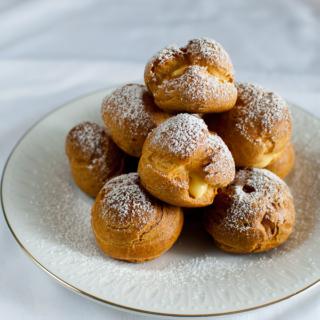 Choux à la Crème (Cream Puffs / Profiteroles)