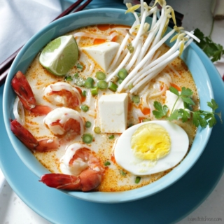Guest Post – Gluten-Free Coconut Curry Laksa