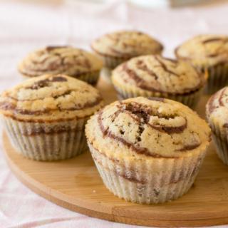 Mini Marble Cakes + Versatile Blogger Award