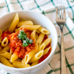 Easy 4-Ingredient Tomato Sauce for Pasta